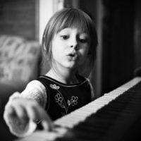 1 июня. 20-00. Вебинар Слушаем музыку с детьми